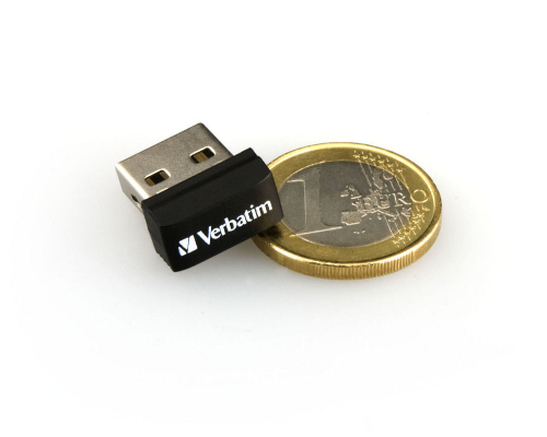 Verbatim-Store-n-Stay-Nano-USB-2-0-Stick-32GB-perfekt-fuer-Autoradio-TV-PC